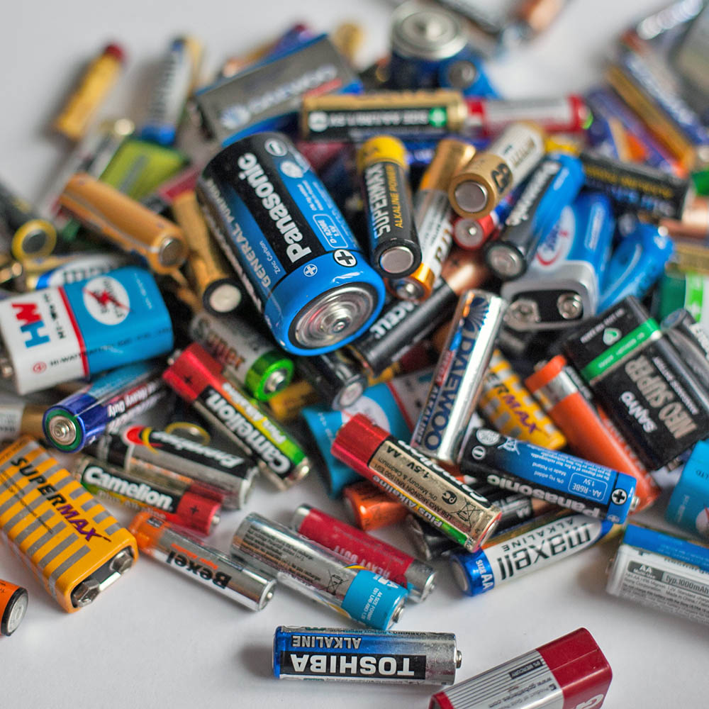 How To Dispose Of Batteries >> How to Dispose of Batteries (and Other Things)   Lula